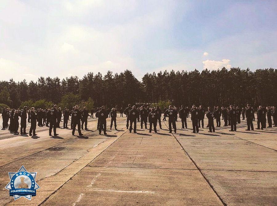 Grüße vom Training geschlossener Einheiten aus Brandenburg