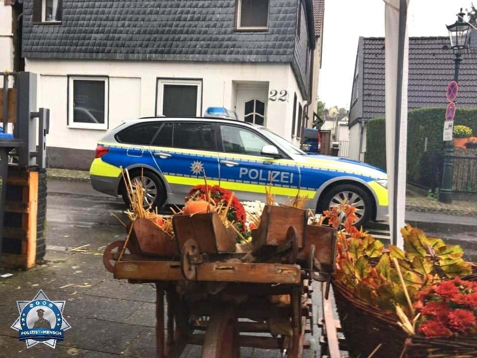 """""""Grüße vom Erntedankfest in Düsseldorf-Urdenbach... Steff"""""""