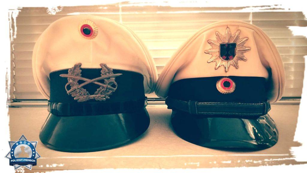 """""""Moin, hier mal ein Foto von zwei Schirmmützen. Meine alte Weißmütze der Feldjäger/Militärpolizei der Bundeswehr und meine Dienstmütze weiß der Bundespolizei. #Onebluefamily Gruß Matthias"""""""
