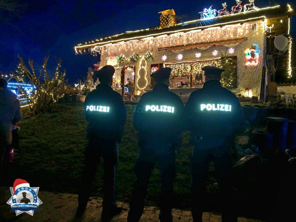 """""""Besinnliche Weihnachtsgrüße von der Polizei Wolfratshausen! Andreas, Johann und Thomas"""""""