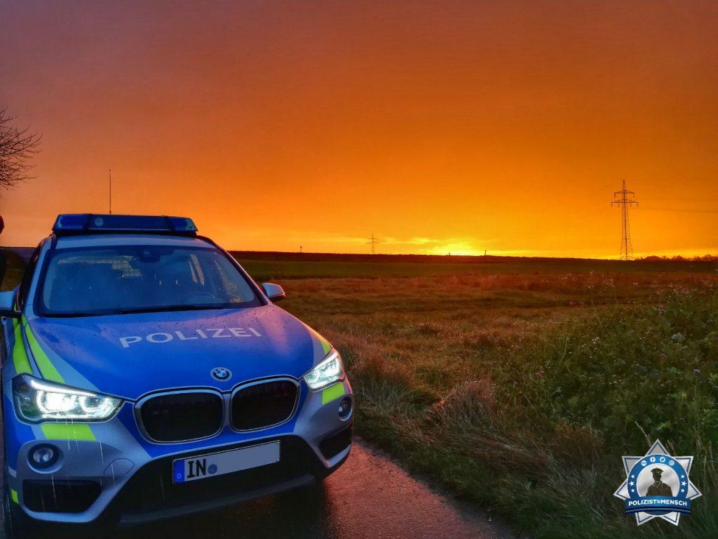 """""""Schönen Gruß aus Oberbayern von Dennis und Pia. Wir haben diesen schönen Sonnenaufgang im Bereich Ingolstadt beobachten dürfen 🙂"""""""