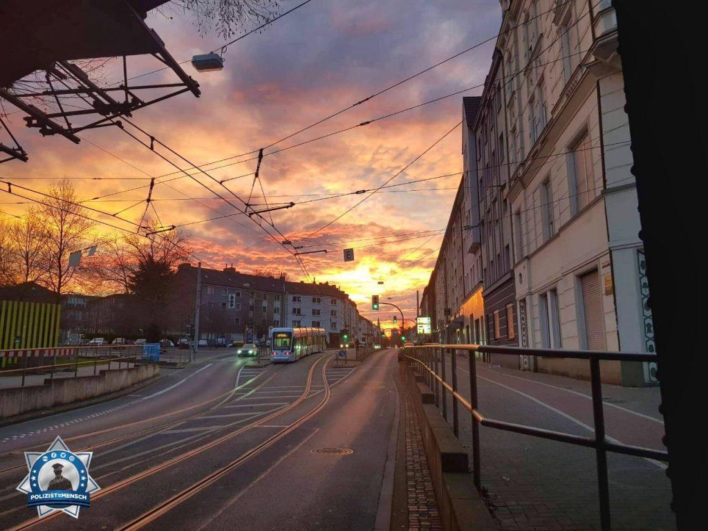 Sonnenaufgang mit Ruhrpott-Flair