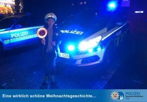 Besonderer Besuch an Heiligabend: Neunjähriger bedankt sich bei Polizisten für ihren Dienst an Weihnachten