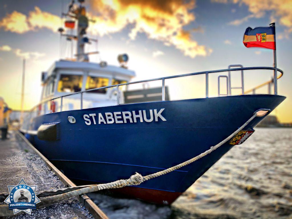 """""""Kurz fest gemacht, dann geht es wieder raus auf die Ostsee. Gruß aus Kiel, Jan"""""""