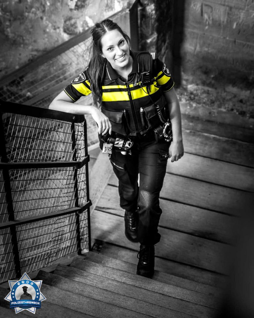 """""""Liebe Grüße von der Polizei Maastricht, Kyra"""""""