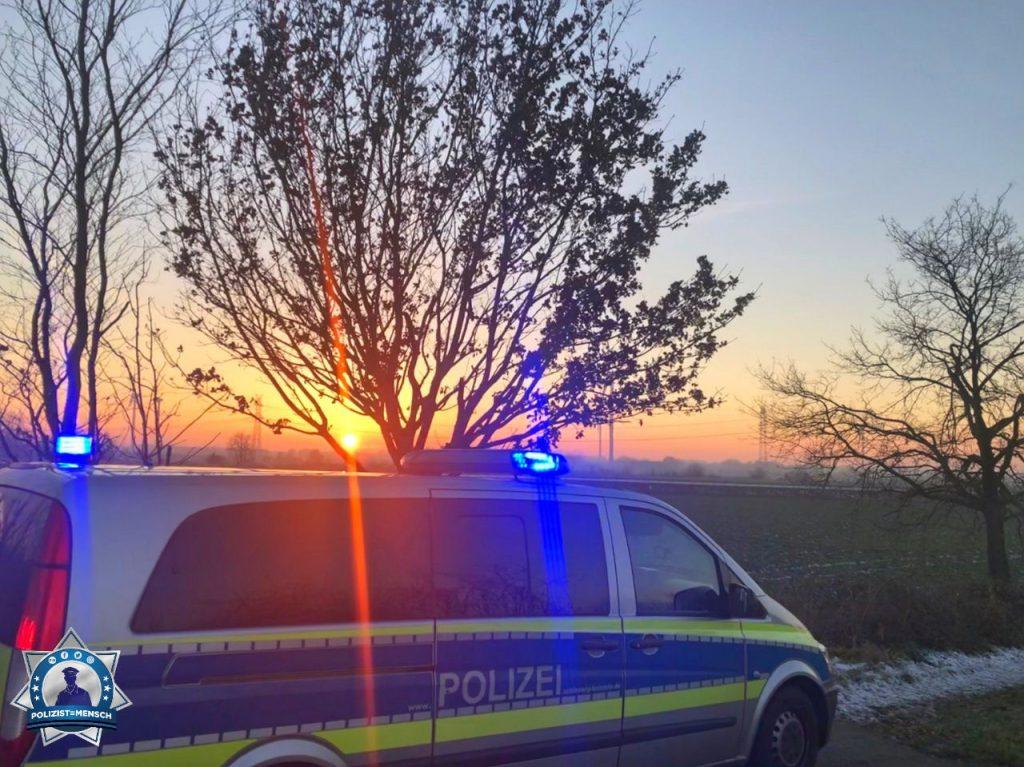 """""""Grüße an alle Kollegen, die ebenfalls die Chance haben die schönen Sonnenuntergänge zu genießen, bevor der Nachtdienst seine raue Seite zeigt. LG aus dem Bereich der PD Segeberg, Marek"""""""