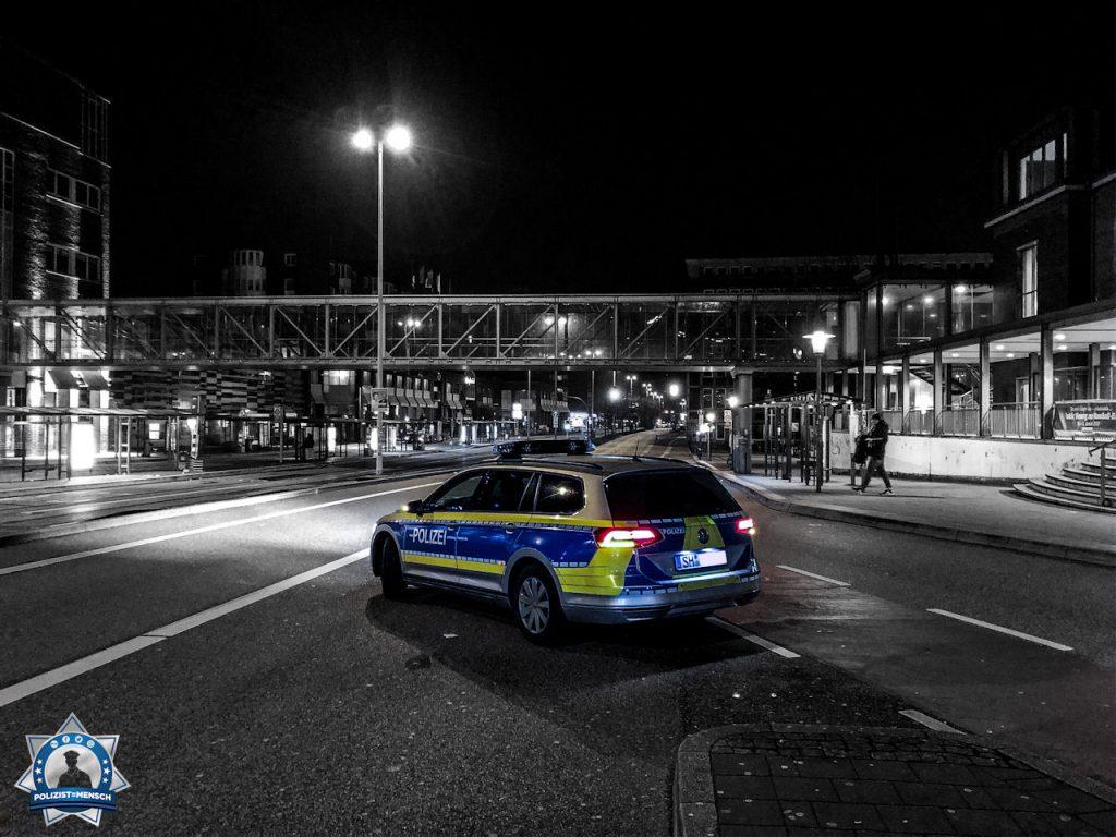 """""""Grüße aus der Landeshauptstadt Kiel an alle Nachtschichtler und Blaulichtfahrer! Kommt gut Heim. LG Marek"""""""