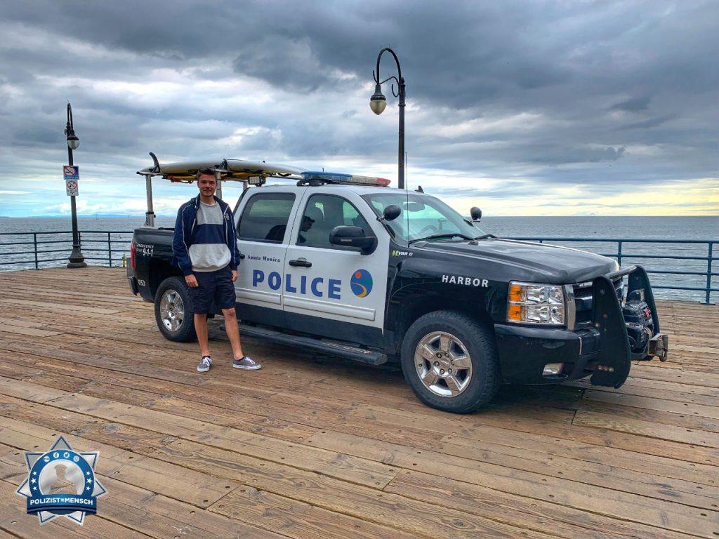 """""""Liebe Grüße aus Los Angeles von Maxim. Die Polizei am Santa Monica Pier hat Surfbretter immer dabei."""""""