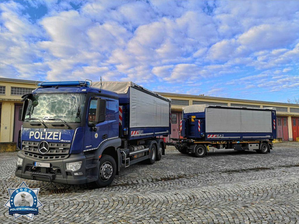 """""""Gruß von der Bundespolizei VL Hundstadt, unterwegs mit Versorgung, hier gerade in Bamberg. Andi"""""""