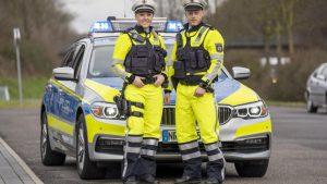 Vorschlag von der Basis umgesetzt: Autobahnpolizisten in Nordrhein-Westfalen erhalten neuen Uniformen