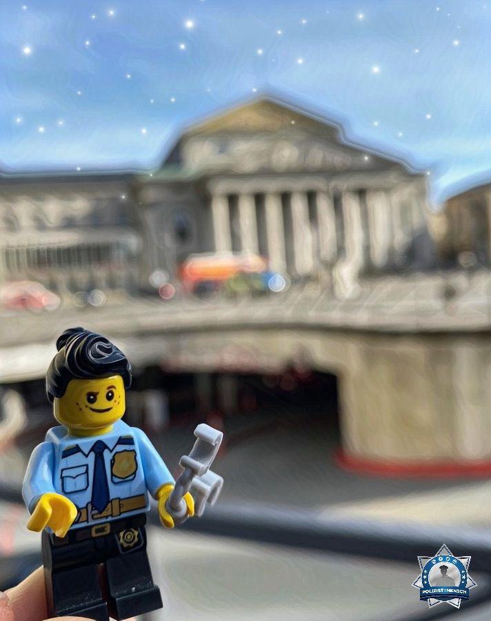 """""""Zur SiKo in München sind dieses Wochenende viele fleißige Polizeihelferlein aus verschiedenen Bundesländern im Einsatz. Passt aufeinander auf und genießt die schöne Zeit in der bayrischen Landeshauptstadt."""""""