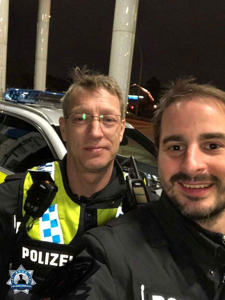 """""""Viele Grüße aus Hamburg von Jan und Marcel!"""""""