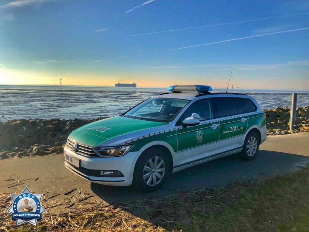 """""""Es grüßt die Kontrolleinheit grenznaher Raum aus Bremerhaven, Hauke"""""""