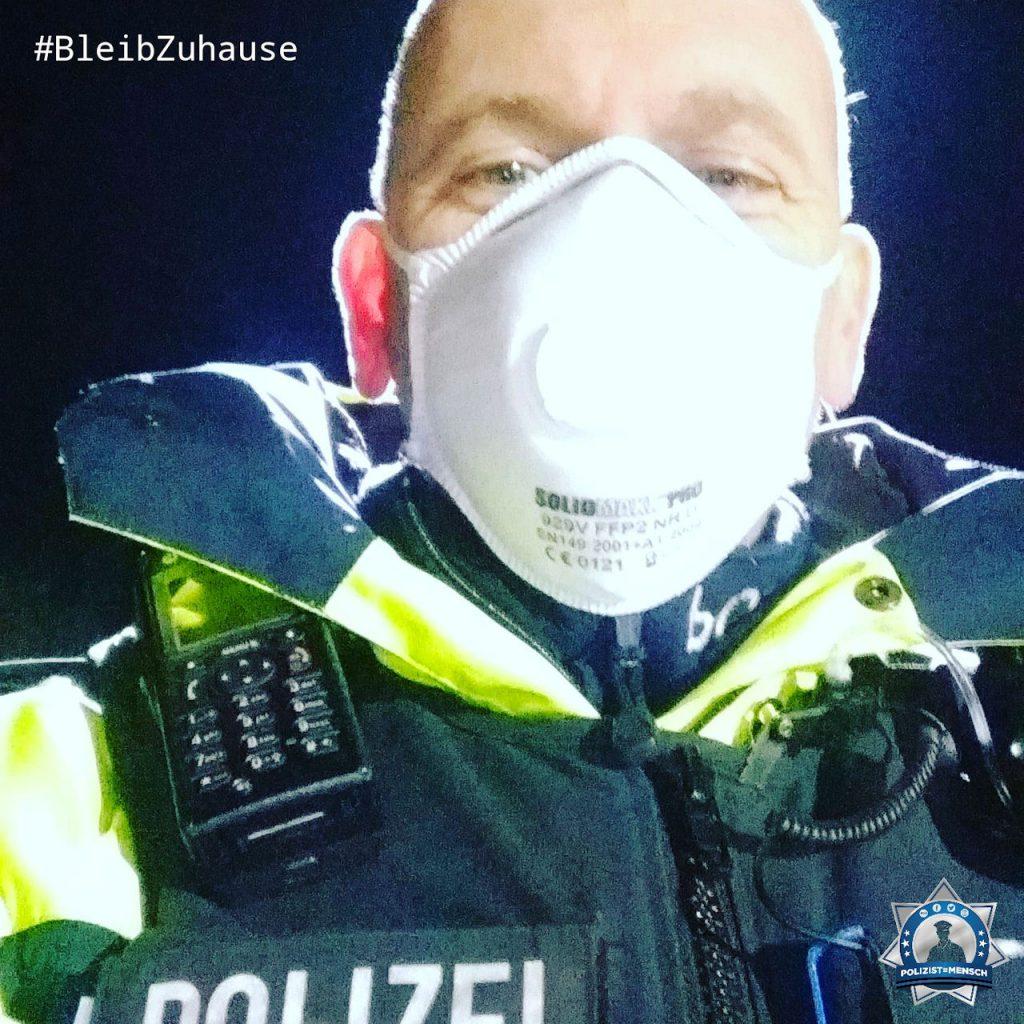 """""""Grüße von der luxemburgisch-deutschen Grenze. Bleibt daheim und bleibt gesund! Ralf"""""""