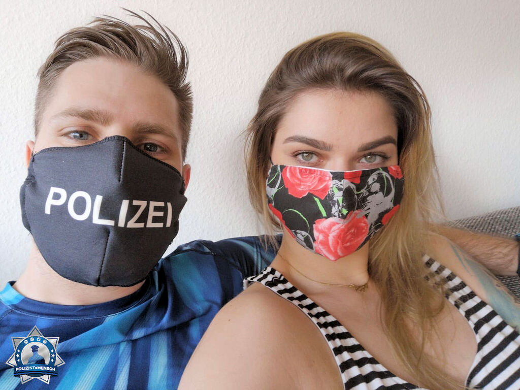 """""""Wir schützen uns! Die rechte Maske ist selbst gemacht, die linke wurde zusammen mit einer Firma entwickelt. Happy weekend euch allen, Max und Betty"""""""