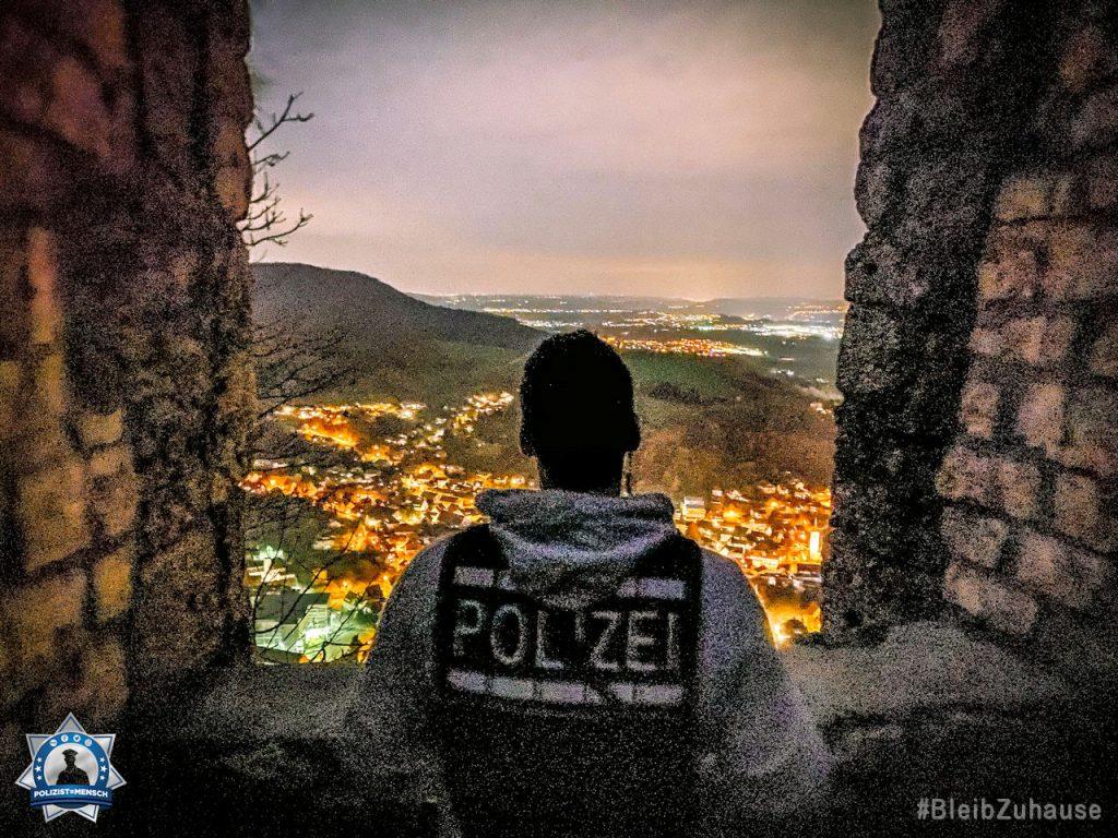 """""""Grüße aus Baden-Württemberg von diesem schönen Ausblick an alle, die sich auch die Nächte um die Ohren schlagen dürfen."""""""