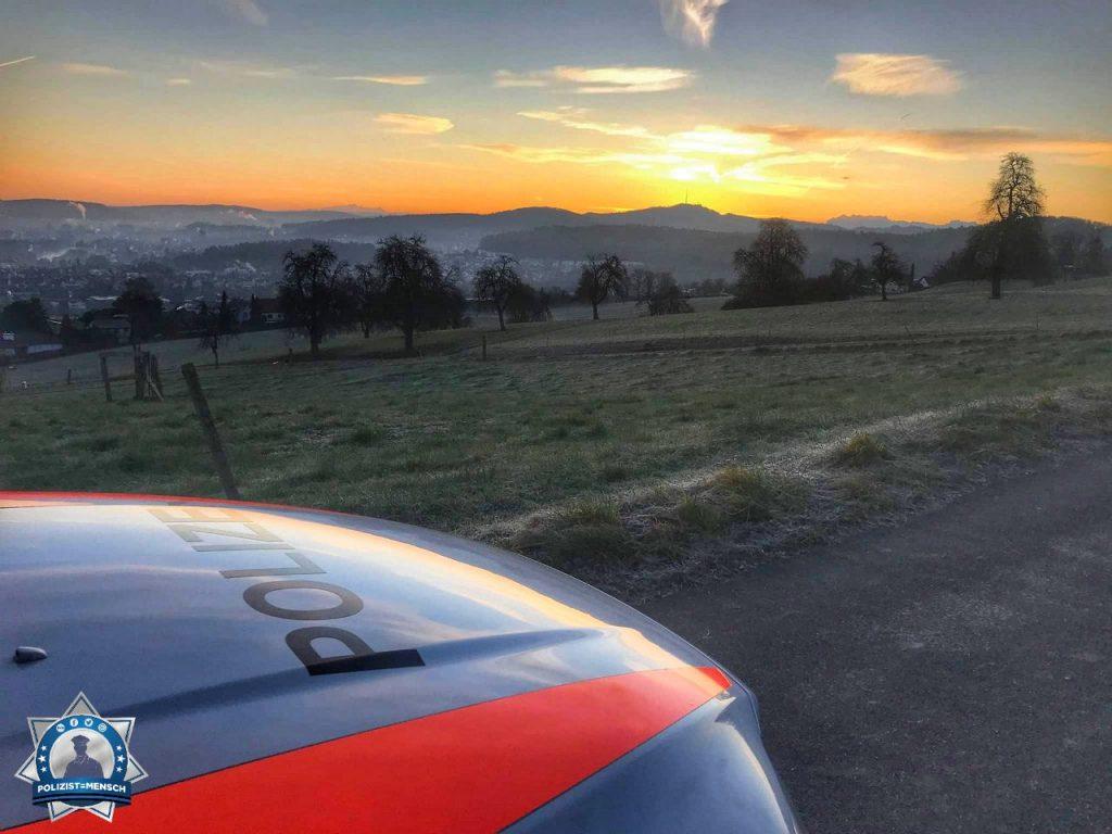 """""""Morgengruss aus dem Schweizer Limmattal. Leslie"""""""