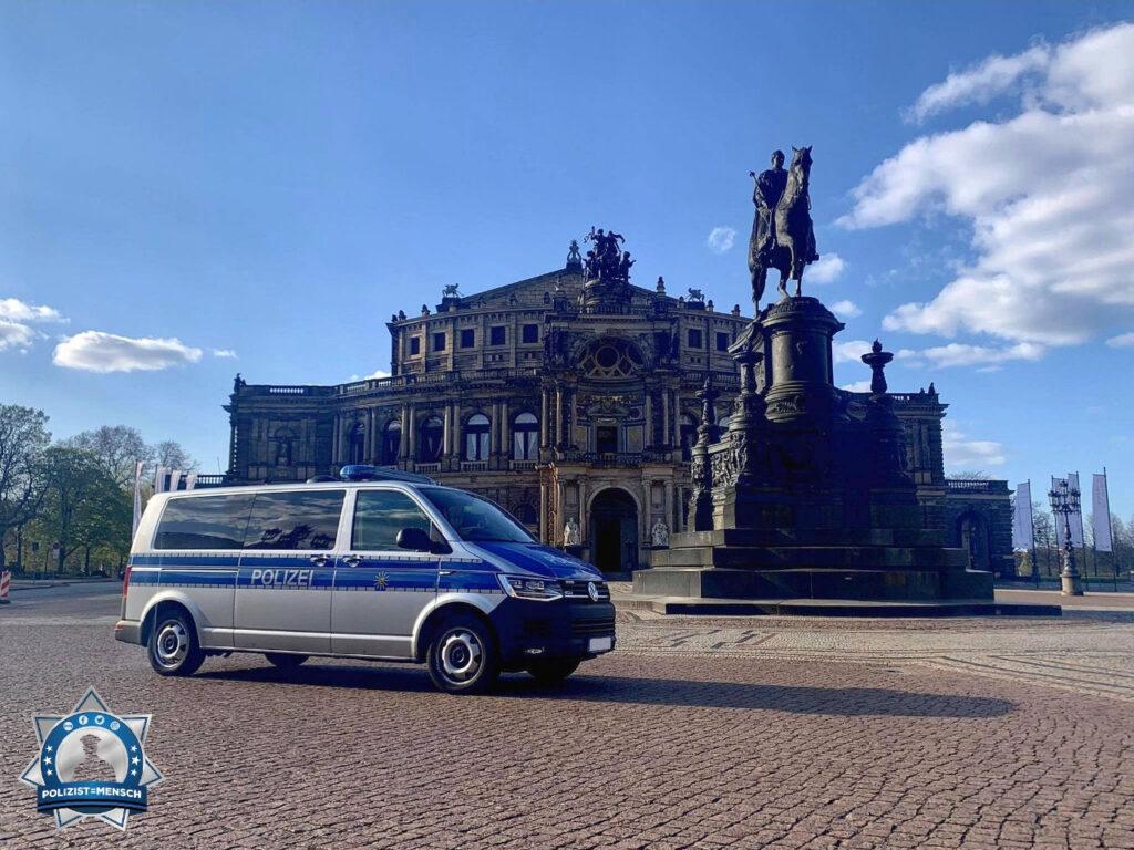 """""""Schöne Grüße aus Dresden von Jan und Doreen 🙂 """""""