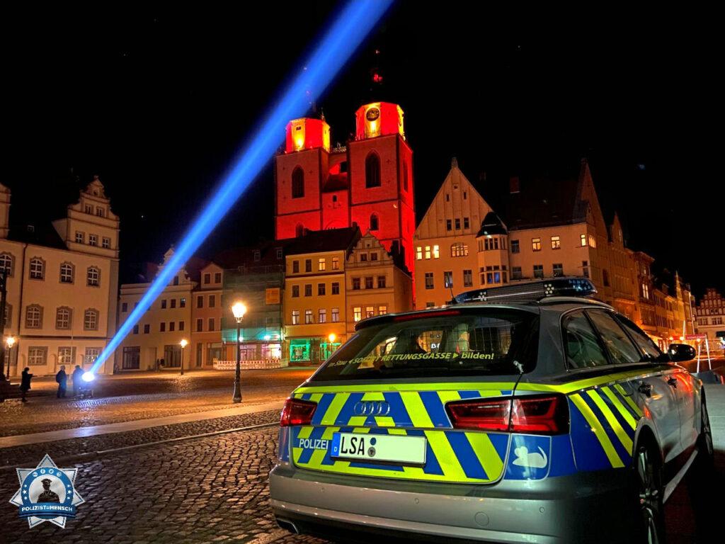 """""""Grüße mit einem Bild der Lichtspiele in Wittenberg, Alexander"""""""