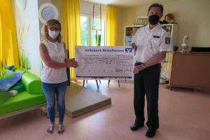 Nicht nur Blut gespendet: Polizisten spenden an Intensivpflegehaus für Kinder und Jugendliche
