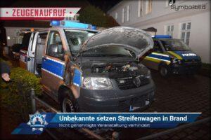 Nicht genehmigte Veranstaltung verhindert: Unbekannte setzen Streifenwagen in Brand