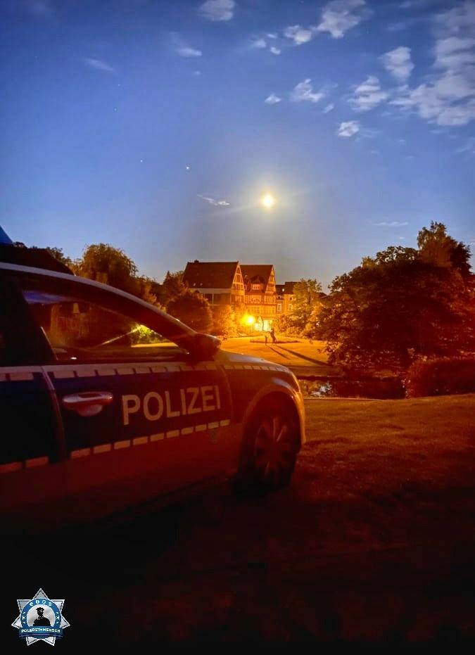 """""""Schöne Grüße von Cedric & Nicole aus dem Nachtdienst in Celle."""""""
