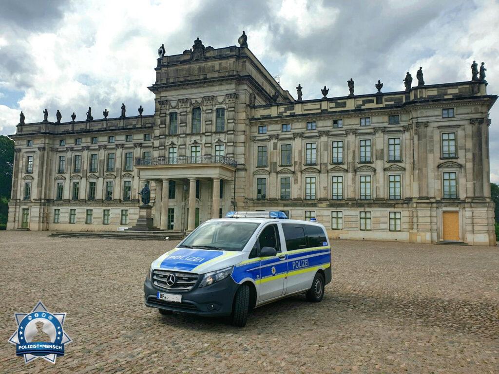 """""""Liebe Grüße an alle vom Schloss Ludwigslust... Jörg"""""""