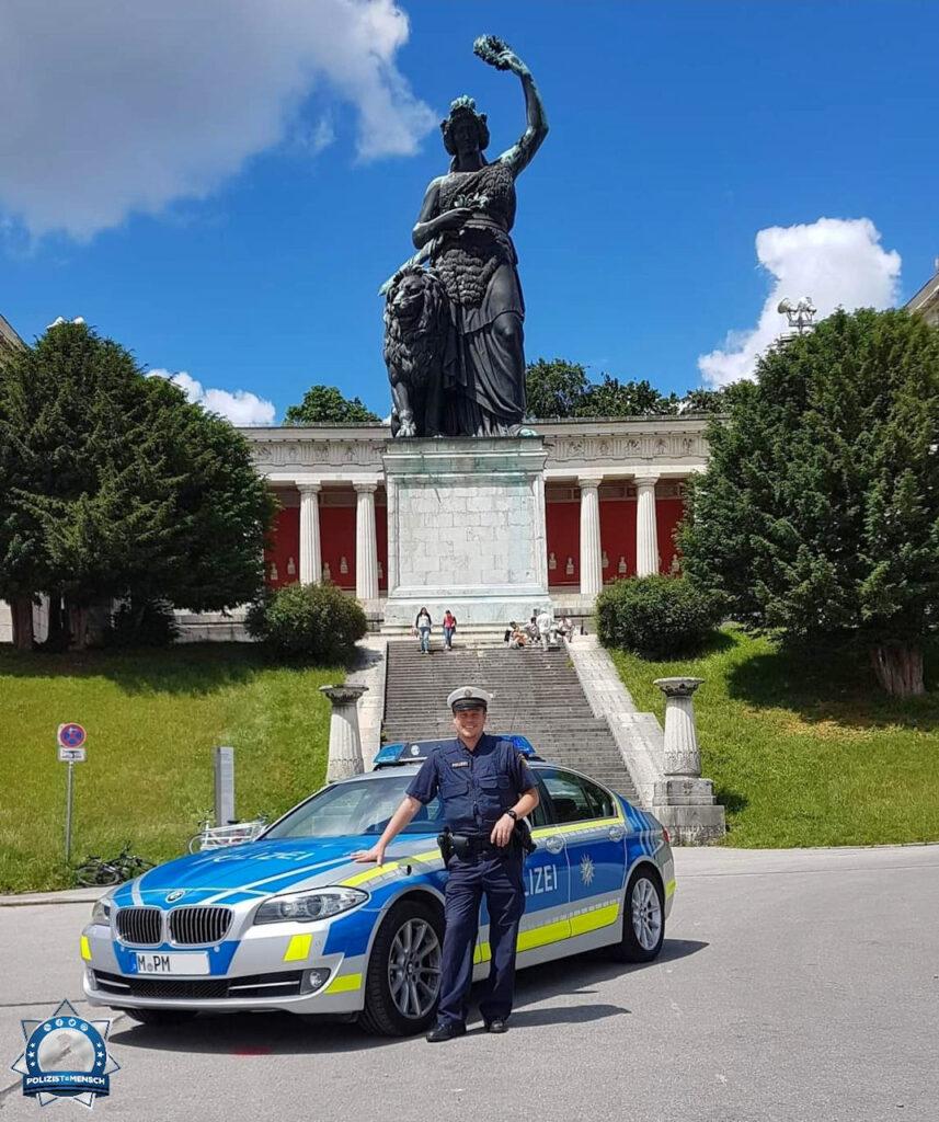 """""""Auch bei der Münchner Polizei sind wir dankbar für den Schutz unserer Patrona Bavariae! Viele Grüße, Blänky"""""""