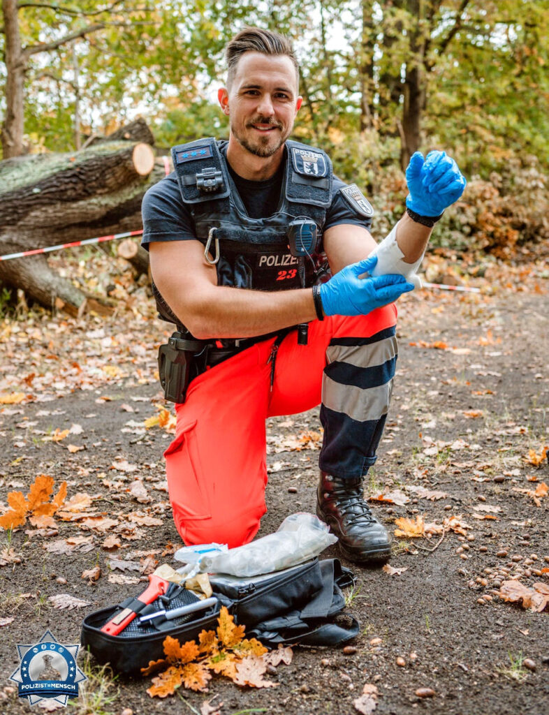"""""""Hallo ich bin Mario aus Berlin, ich bin Rettungssanitäter bei der Polizei. Hauptsächlich bin ich für die gute Laune auf Arbeit zuständig."""""""
