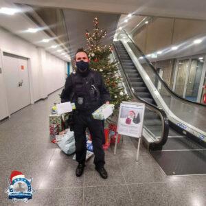 Aktion Wunschbaum: Essener Polizisten erfüllen Kinderwünsche