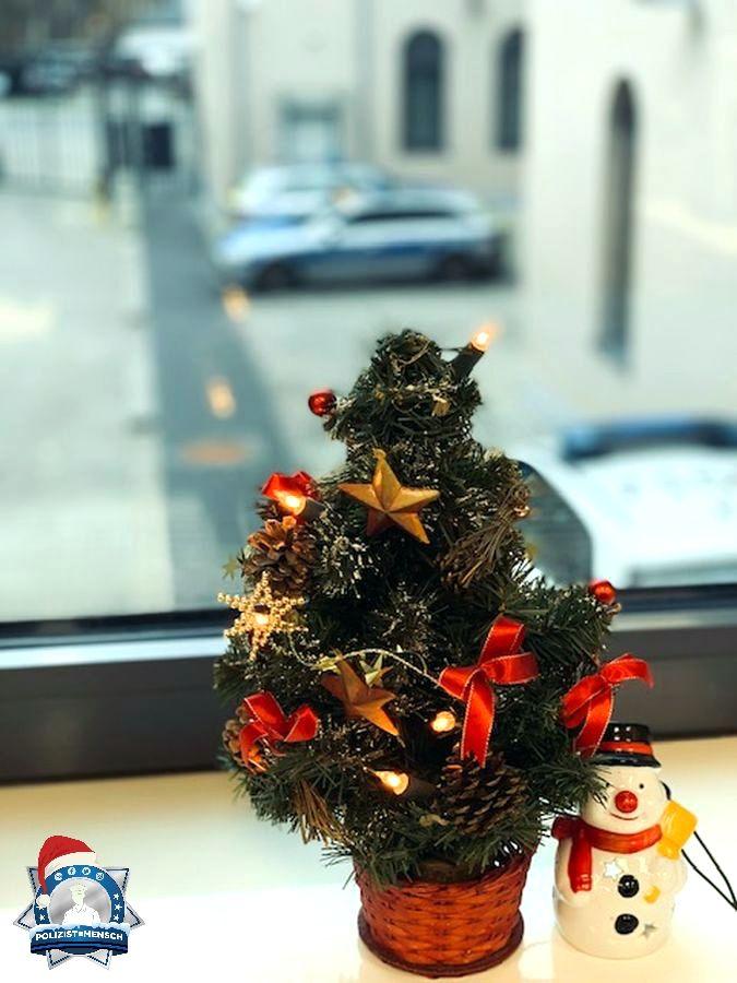 """""""Hallo, viele Grüße und eine besinnliche Weihnachtszeit wünscht die Polizei Idar-Oberstein. Janine"""""""