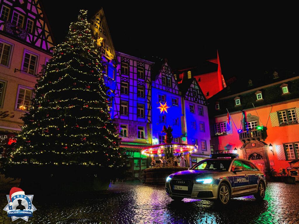 """""""Wir wünschen liebe Grüße aus dem Nachtdienst in Cochem. Bleibt gesund und genießt die Weihnachtszeit. Björn und Anne 🎄 """""""