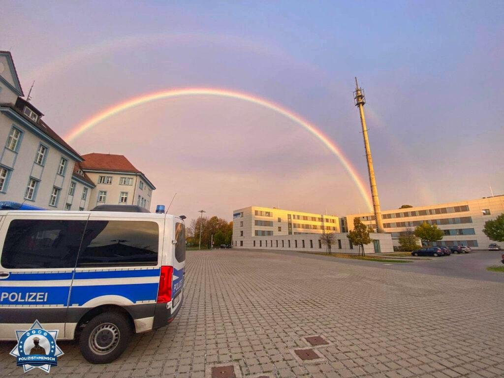 """""""Heute Morgen lag das Gold anscheinend bei der Polizei. Beste Grüße aus Cottbus, Eric"""""""