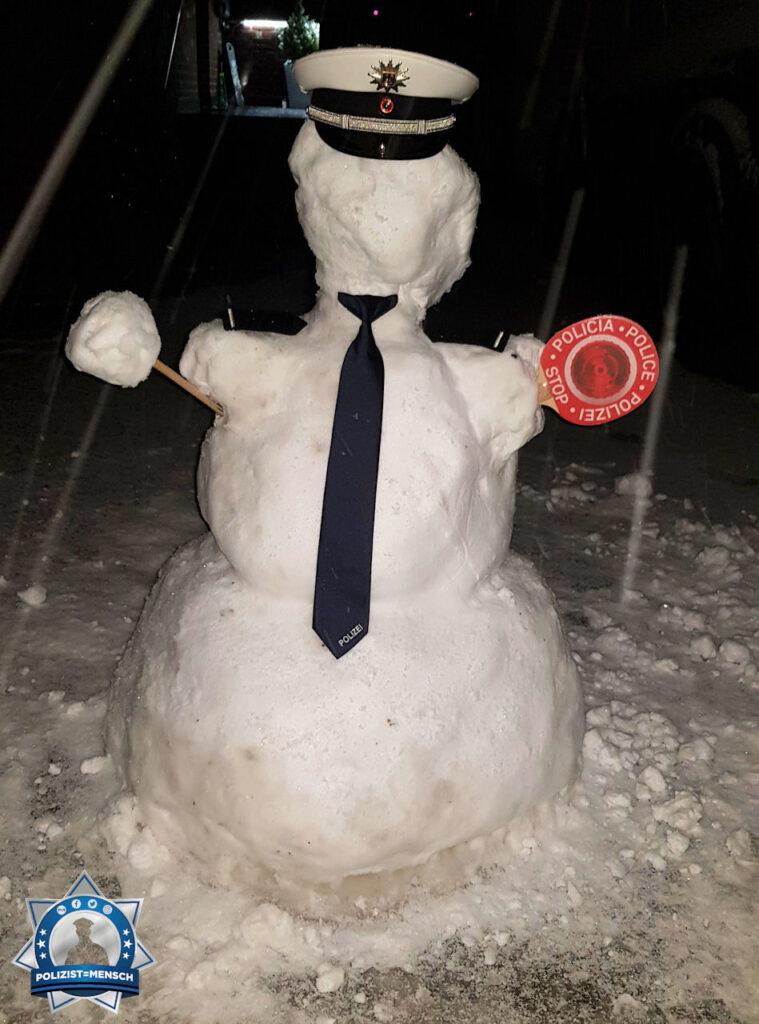 Zum Welttag des Schneemanns: Schneemannanwärter gebaut