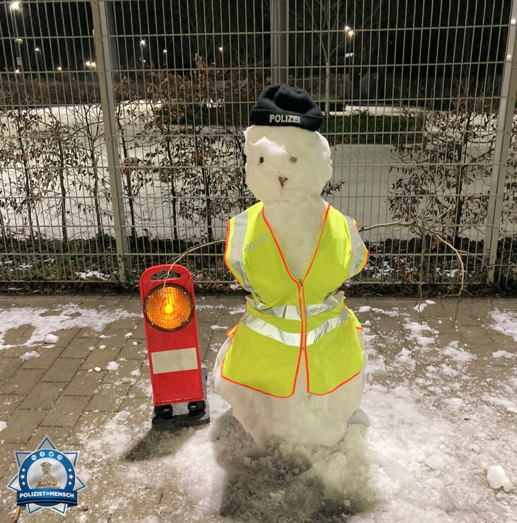 """""""Viele Grüße aus dem Nachtdienst vom 11. Polizeirevier in Frankfurt am Main"""""""
