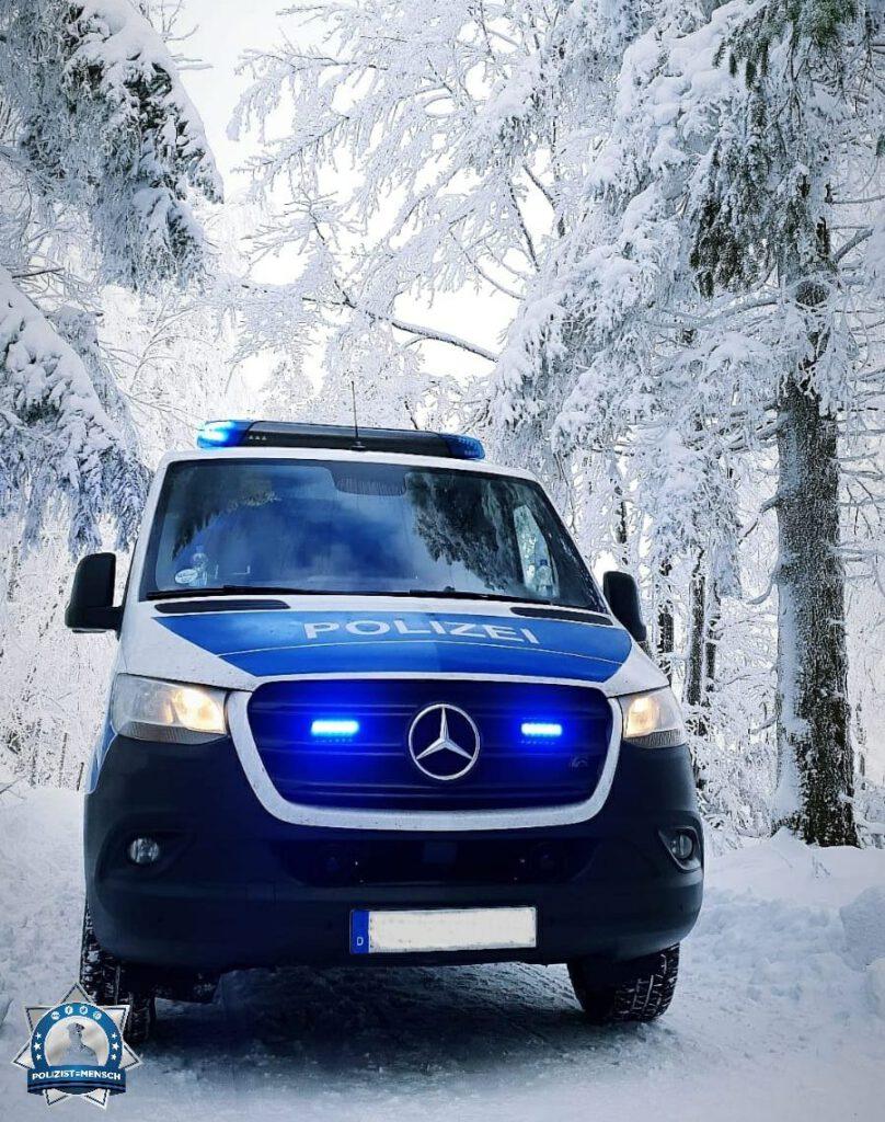 """""""Allseits gute Fahrt bei diesen im Land verteilten Winterlandschaften. Beste Grüße aus dem Sauerland."""""""