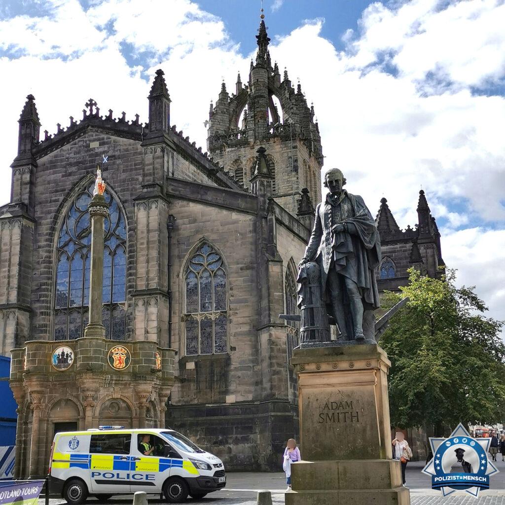 """""""Viele Grüße aus dem schönen Edinburgh 😊 Doro"""""""