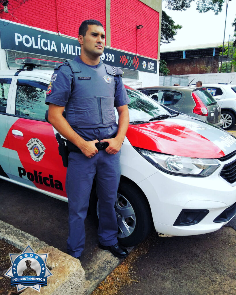 """""""Der Traum eines Kindes, der heute wahr wird, das Ergebnis von viel Konzentration und Entschlossenheit. Grüße direkt aus BRASILIEN, Leonardo, Militärpolizei SÃO PAULO"""""""