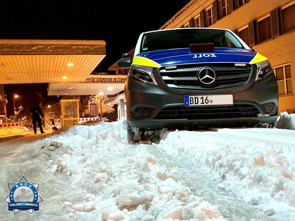 """""""Servus miteinander! Hier eine winterliche Impression von der Grenze zur Schweiz aus Konstanz. Mit freundlichen Grüßen, Rico vom Zoll"""""""