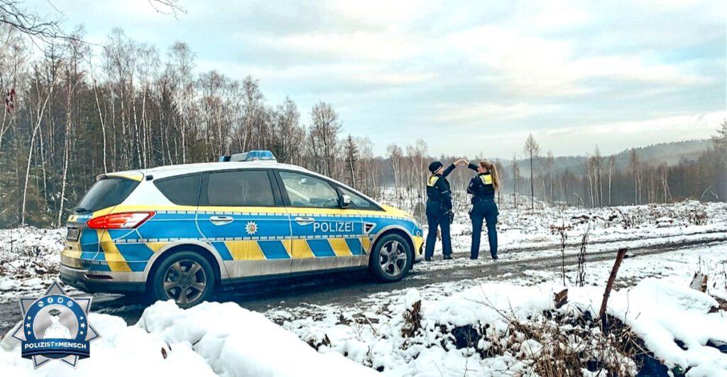 """""""Grüße vom ersten Schnee im südlichen Ruhrgebiet von Leonie und Sarah"""""""