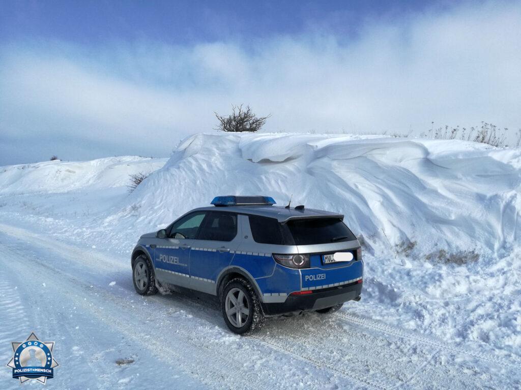 """""""Verschneite Grüße an alle Einsatzkräfte aus Martinshafen, Thomas"""""""