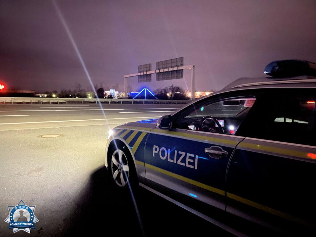 """""""Die Bundesautobahn A9 immer fest im Blick. Passt auf Euch auf, Flori und Seb."""""""