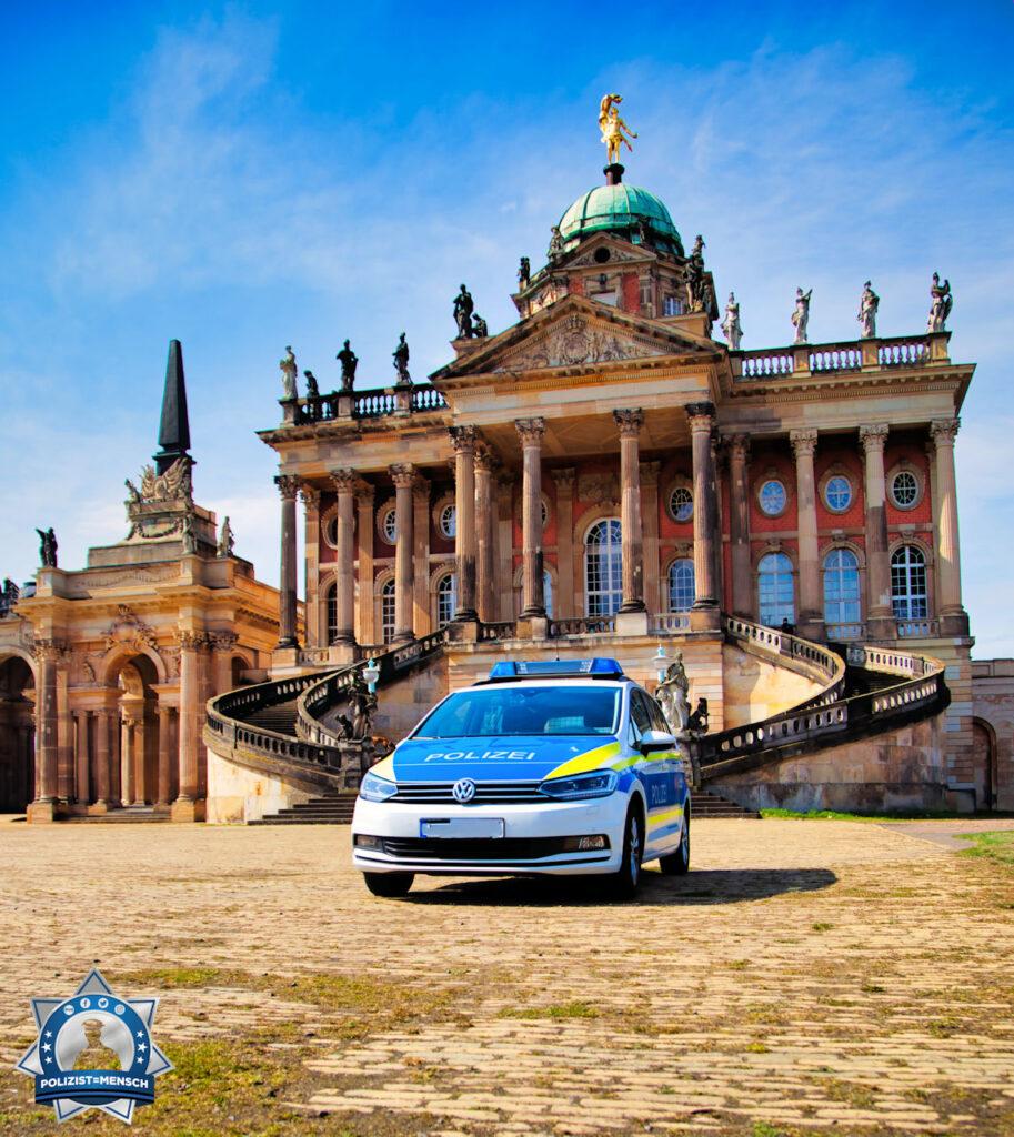 """""""Schöne Grüße aus dem Schlosspark Sanssouci. Wir wünschen euch einen ruhigen Dienst, Tobi"""""""