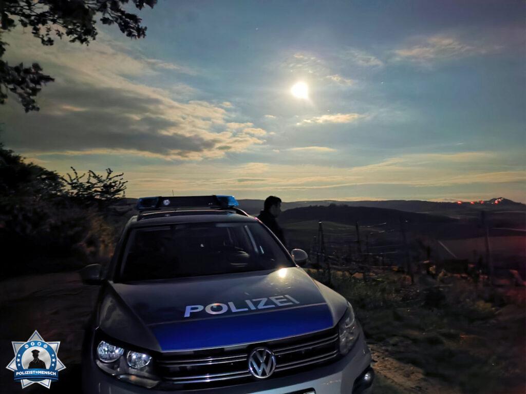 """""""Liebe Grüße aus dem Nachtdienst der Polizeistation Dieburg in Südhessen."""""""