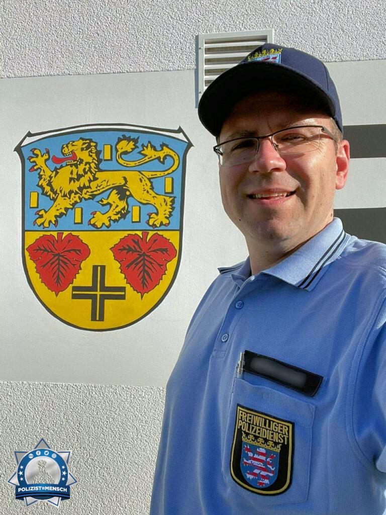 """""""Herzliche Grüße vom Freiwilligen Polizeidienst aus Reichelsheim (Wetterau), Jens."""""""