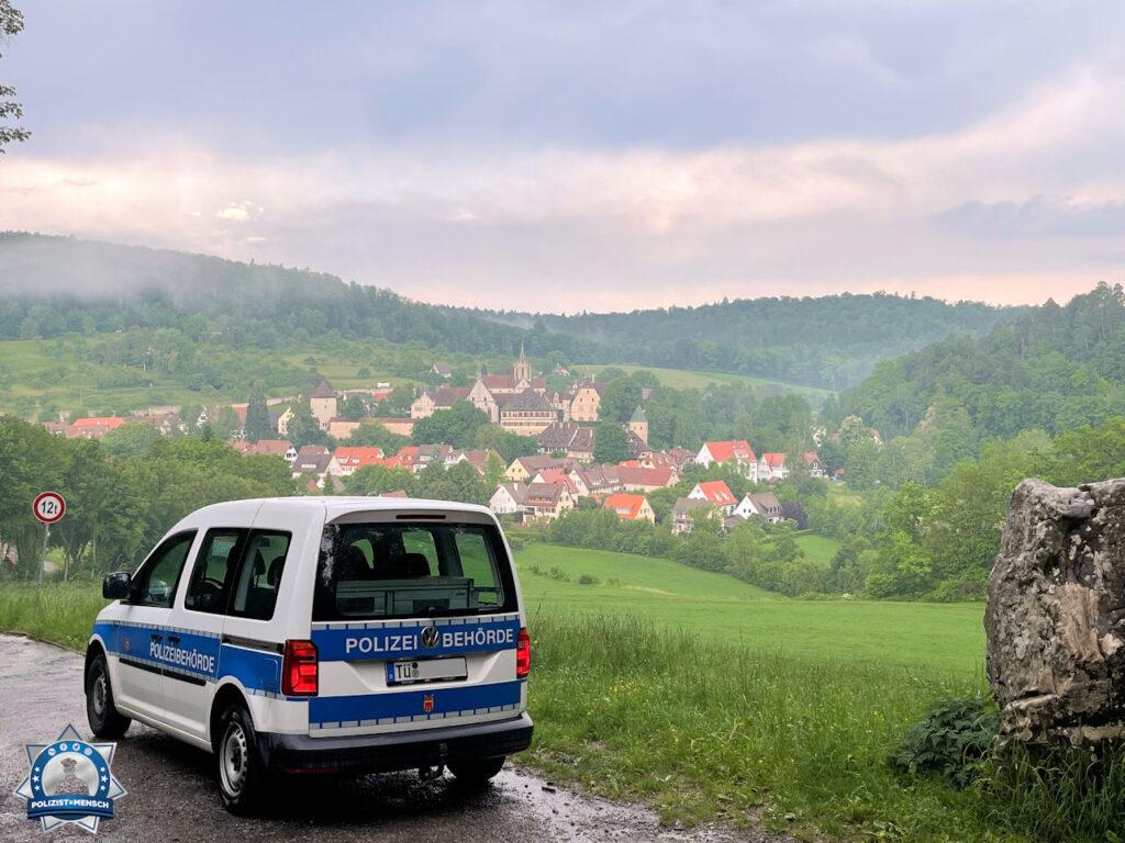 """""""Hallo zusammen, ich wünsch euch alles Gute aus Tübingen! Ihr macht mit der Seite einen tollen Job und stellt unsere Sicht gut für andere dar."""""""