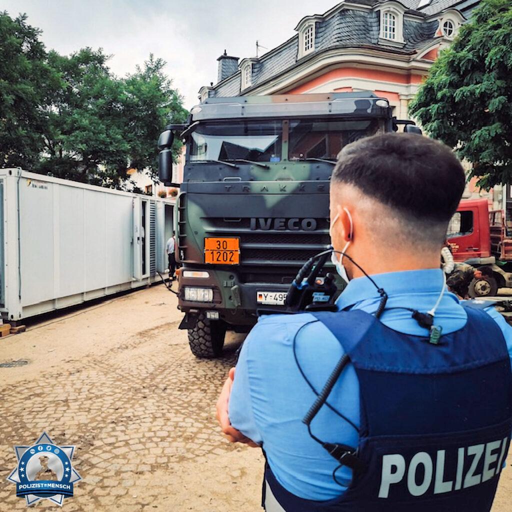 Gemeinsam mit der Bundeswehr im Katastrophengebiet im Einsatz
